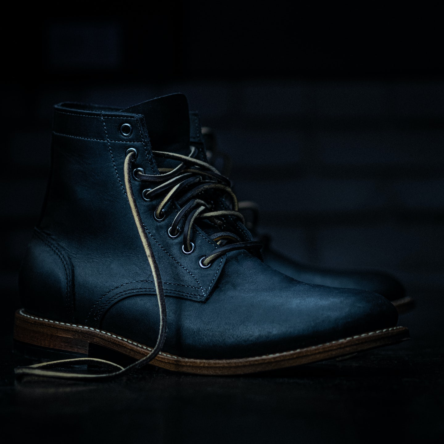 Black Oil Tan 10-Year Trench Boot - Feature Image